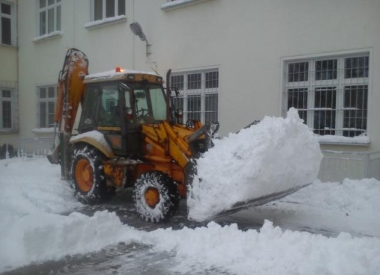 0/f0cefb8e_wywoz-sniegu-3.jpg